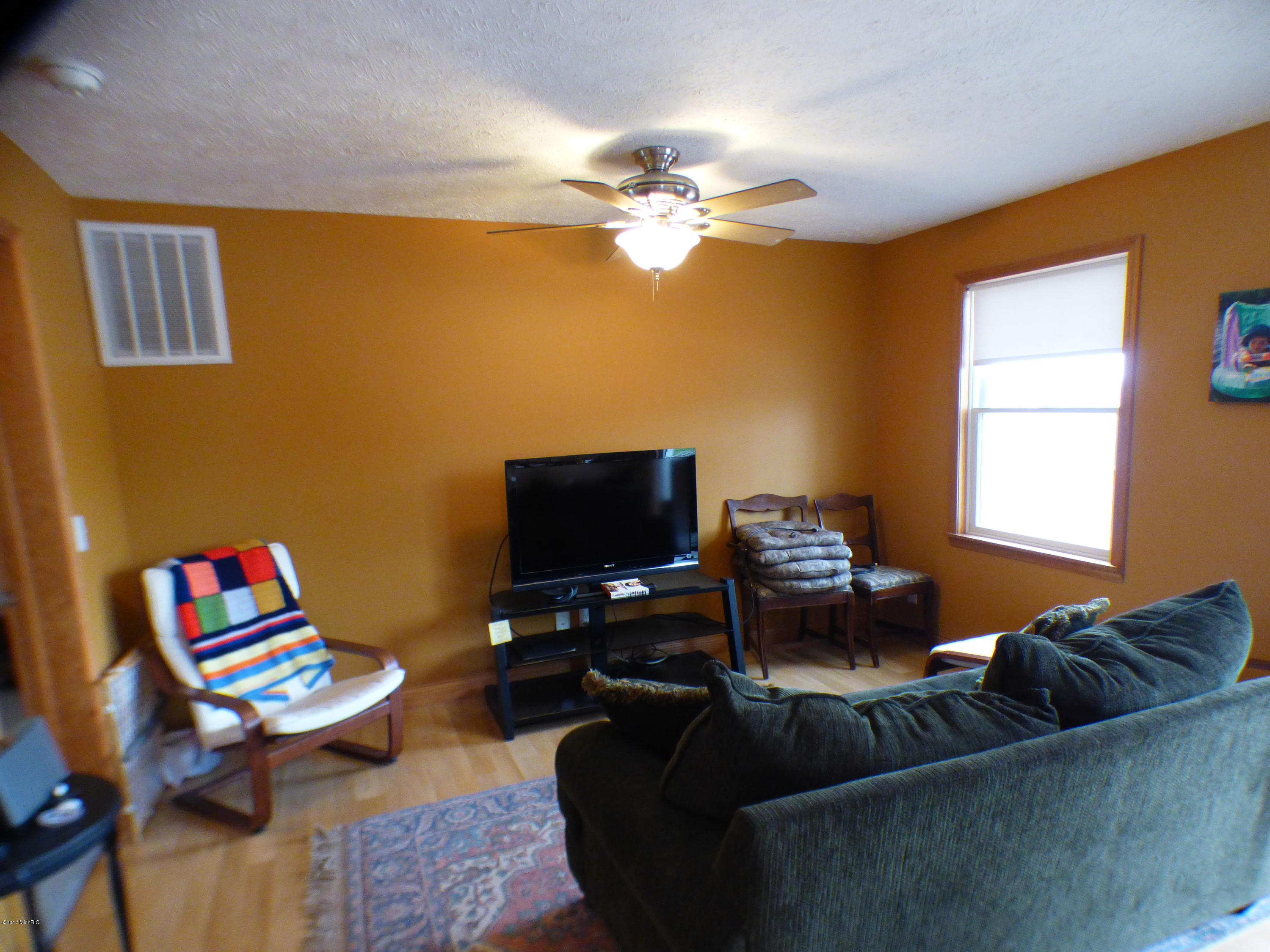 50384 Cable Lakeview , Dowagiac, MI 49047 Photo 7