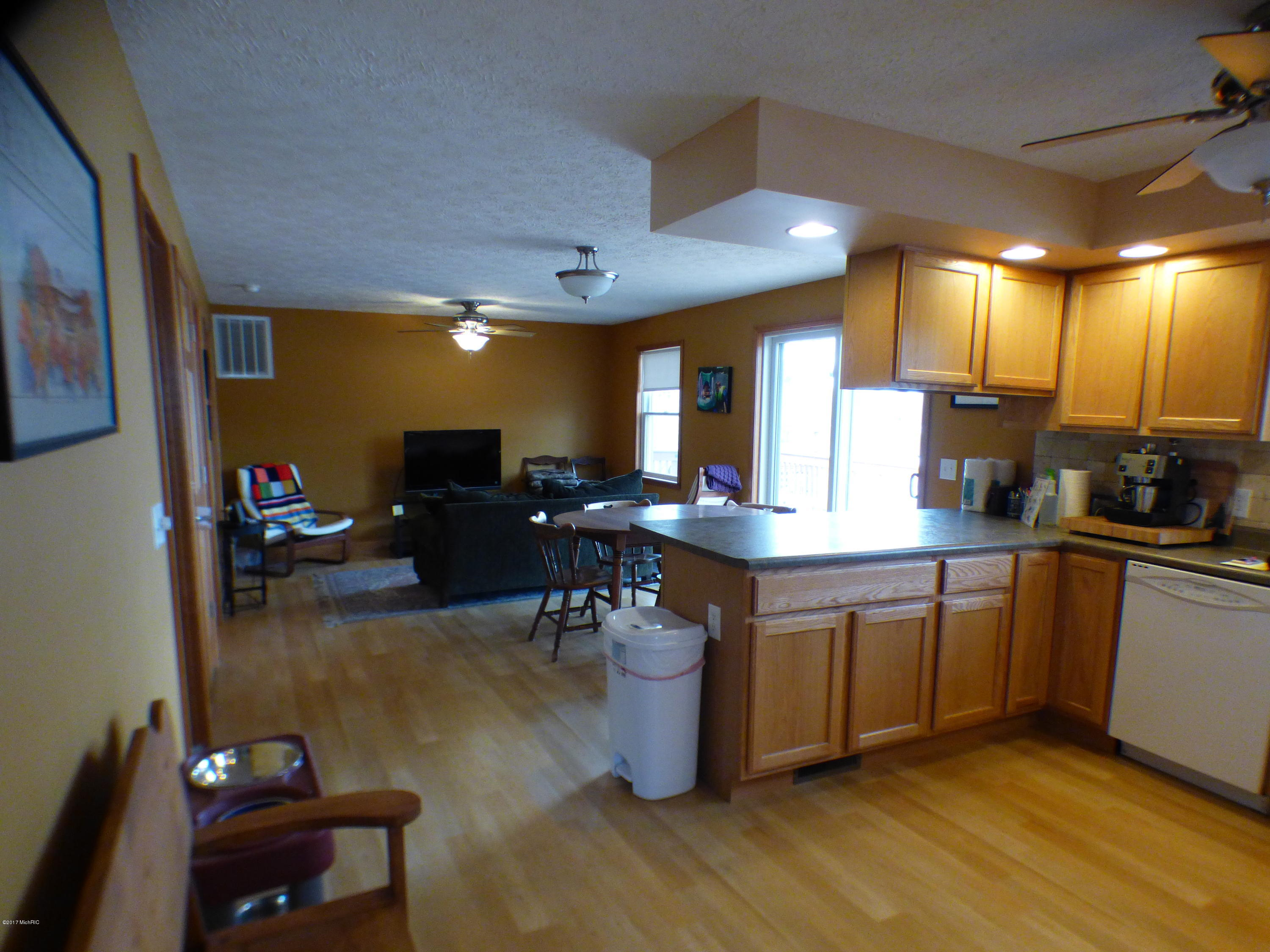 50384 Cable Lakeview , Dowagiac, MI 49047 Photo 5