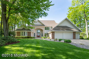 89855 Shorelane Lawton, MI 49065