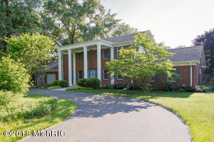 Property for sale at 10396 W Gull Lake Drive, Richland,  MI 49083