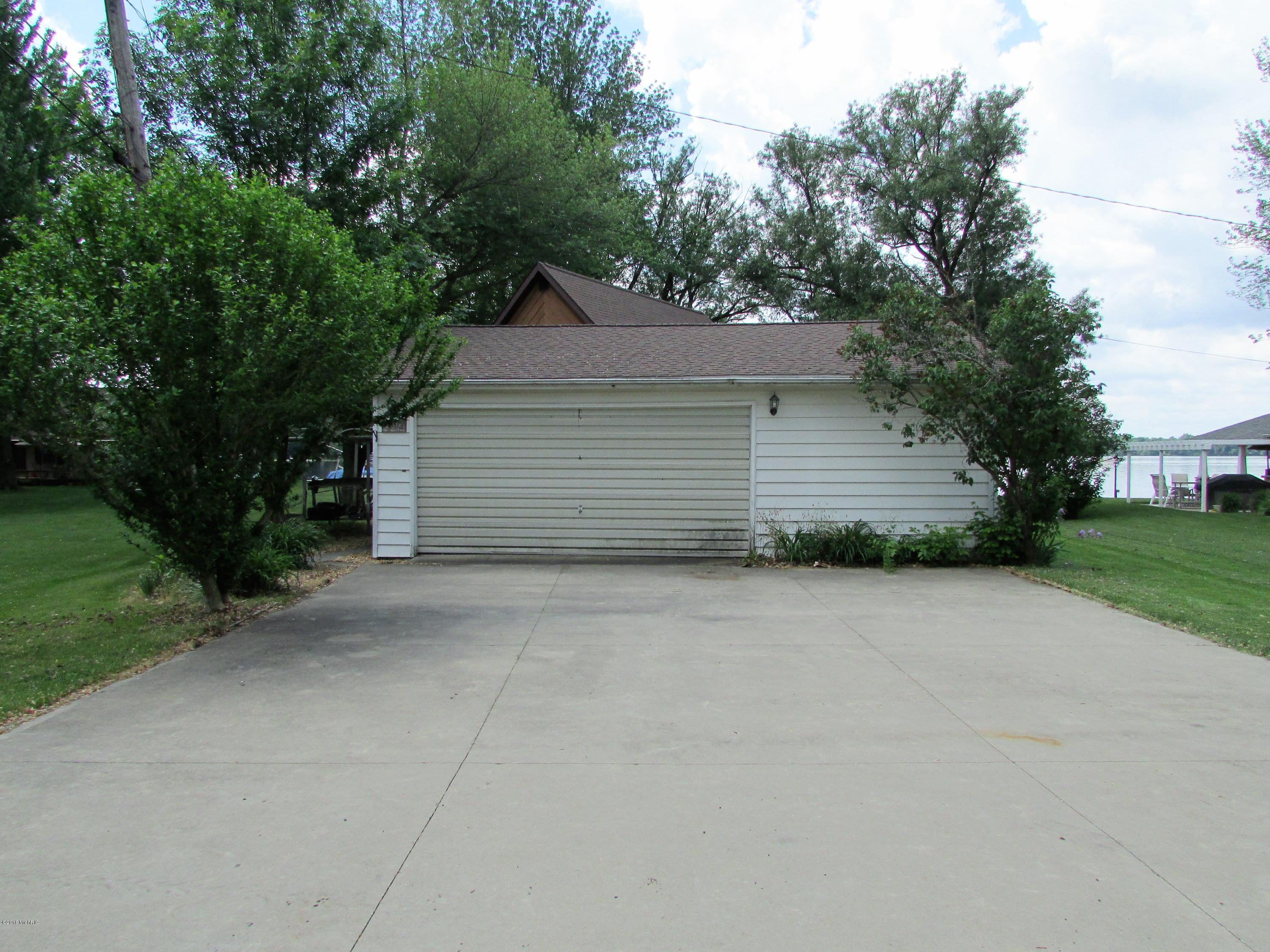 698 Waterview , Coldwater, MI 49036 Photo 23