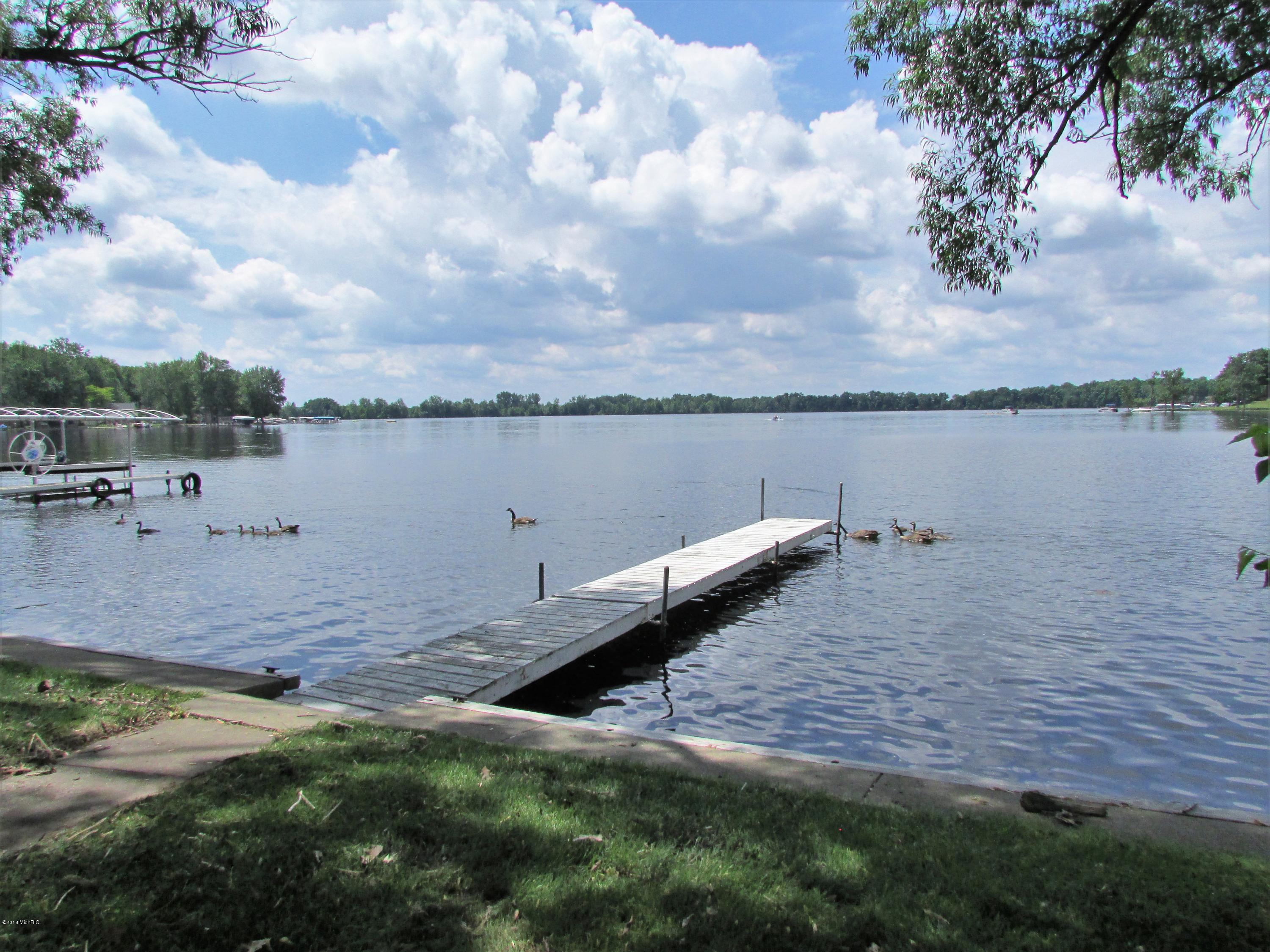 698 Waterview , Coldwater, MI 49036 Photo 25