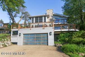 3777 Lake Shore New Buffalo, MI 49117