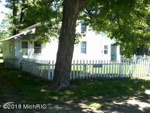 Property for sale at 10670 N 16th Street, Plainwell,  MI 49080