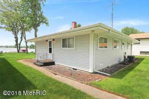 46469 Lakeview Decatur, MI 49045