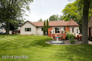 3730 Woodhams Portage, MI 49002