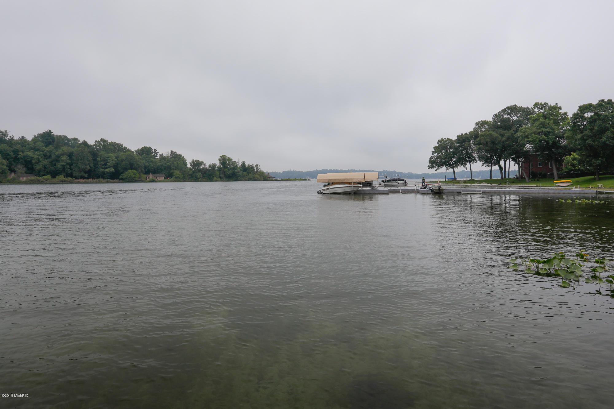 10360 Corey Bluff , Three Rivers, MI 49093 Photo 5