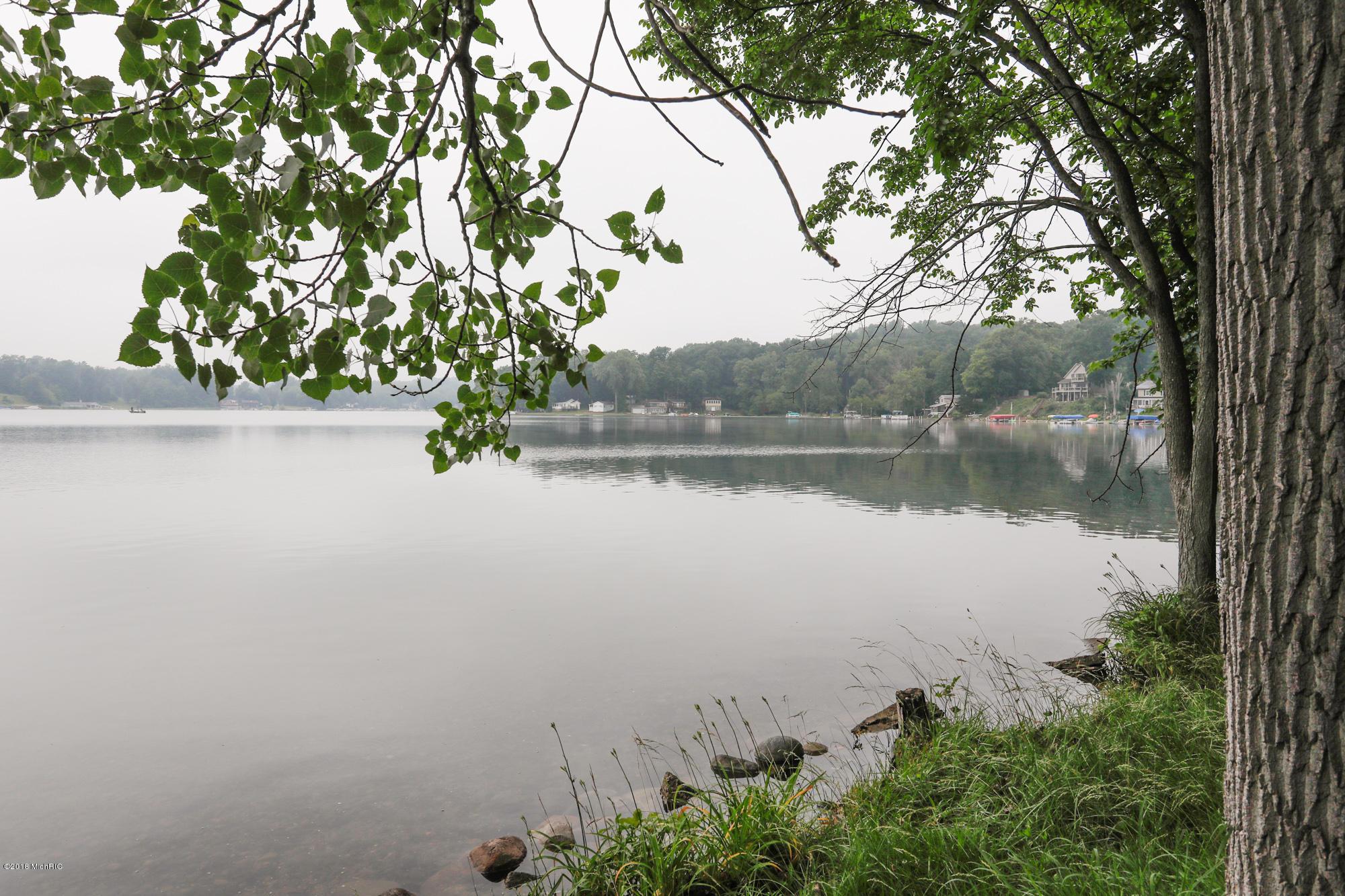58600 E Clear Lake , Three Rivers, MI 49093 Photo 4