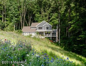 11058 Lake Shore Berrien Springs, MI 49103