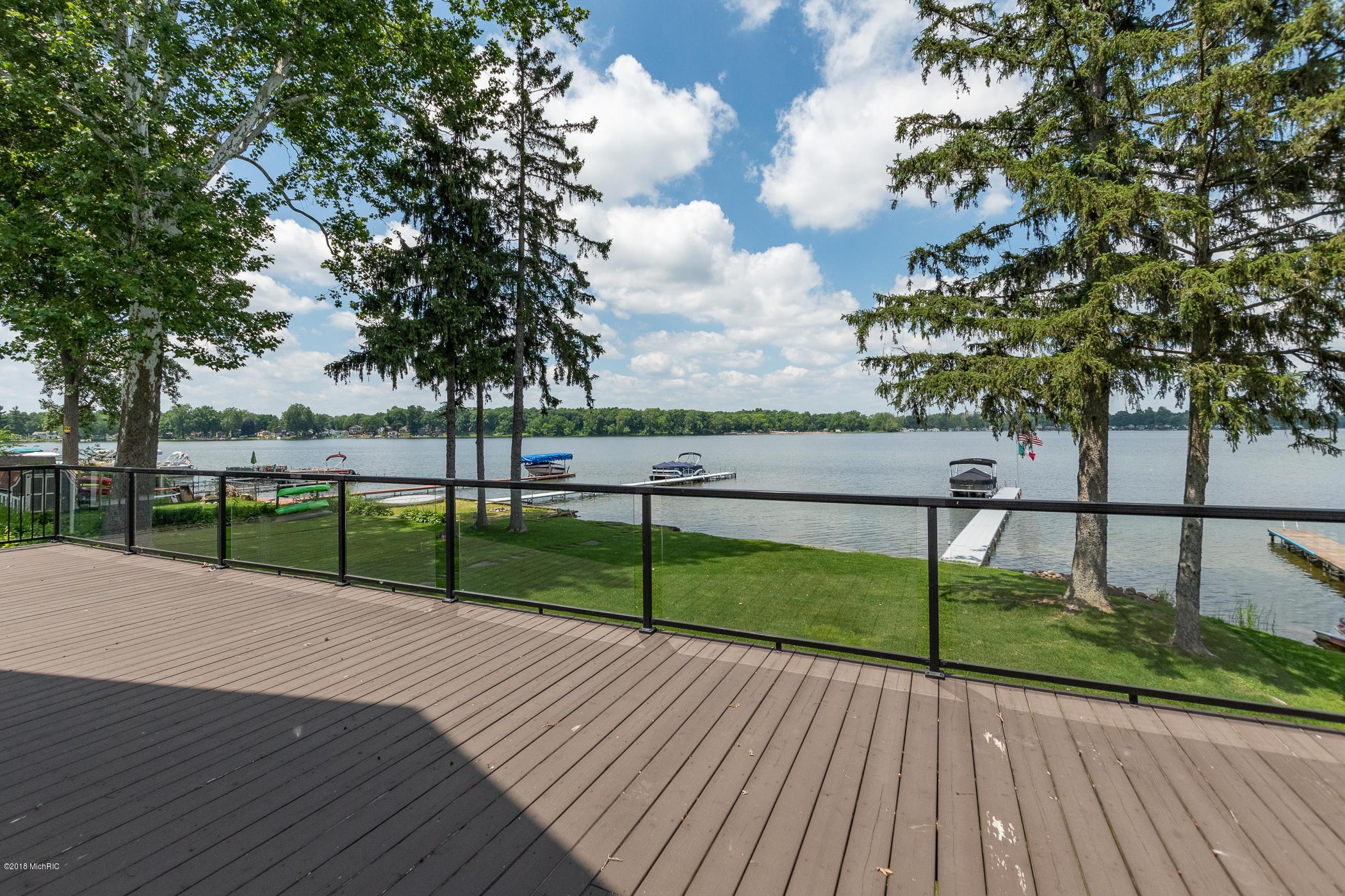 4821 S Long Lake , Portage, MI 49002 Photo 44