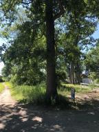 21 Wildwood Dowagiac, MI 49047