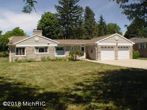 Property for sale at 727 S Cass Street, Hastings,  MI 49058