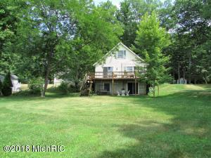 366 Mud Lake Coldwater, MI 49036