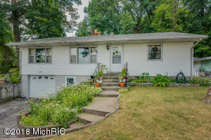 17364 Lakeview Vandalia, MI 49095