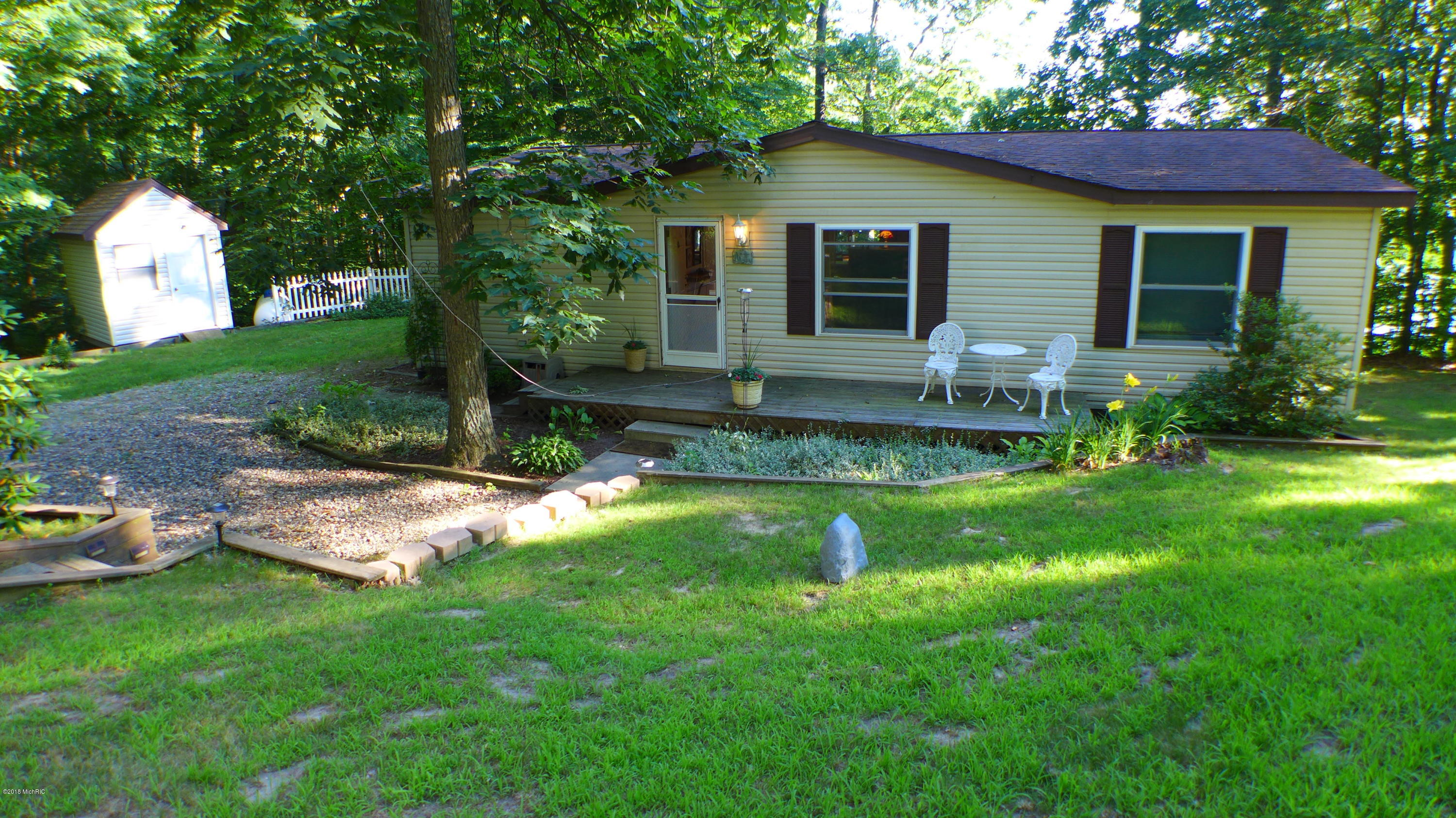 8500 Lammers , Delton, MI 49046 Photo 5