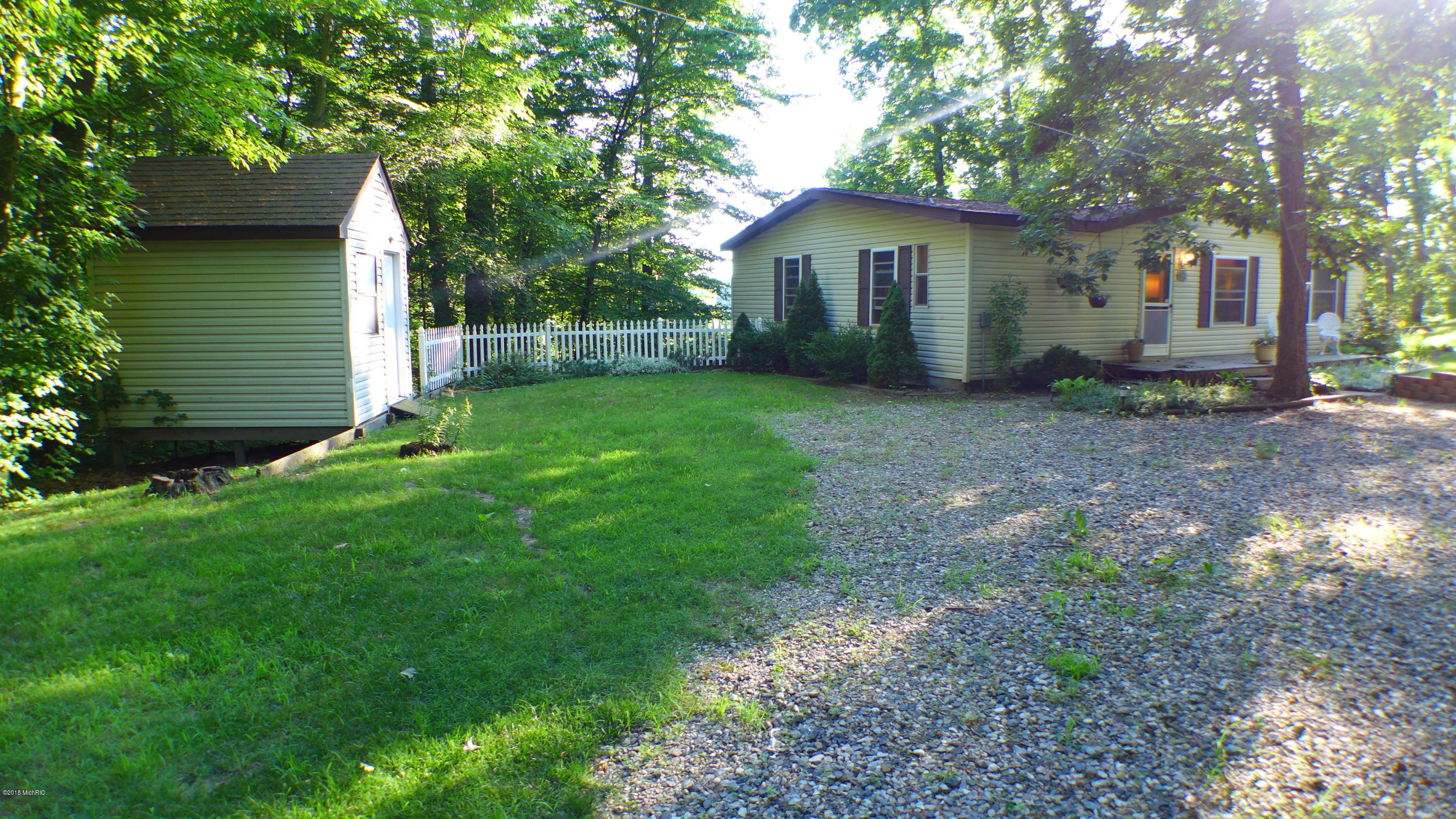 8500 Lammers , Delton, MI 49046 Photo 6
