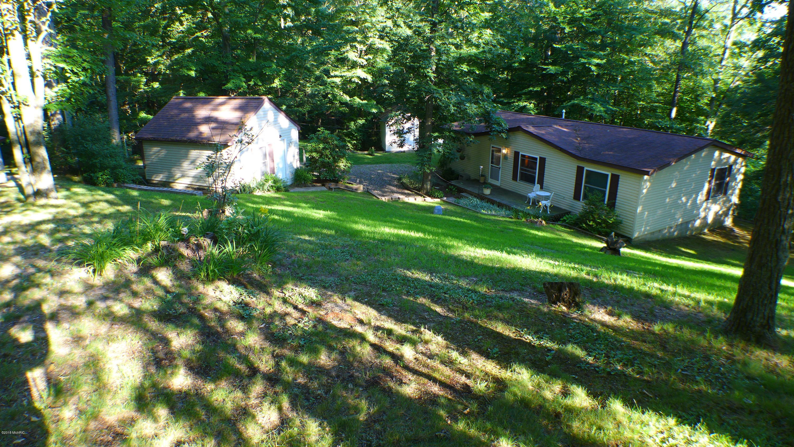 8500 Lammers , Delton, MI 49046 Photo 8