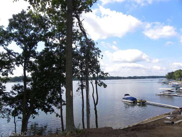 5 Lakeshore Dowagiac, MI 49047 Photo 6