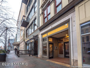 Property for sale at 51 Monroe Center Street Unit 201, Grand Rapids,  MI 49503