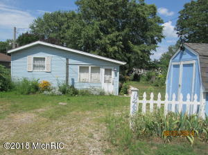 12682 Marsh Shelbyville, MI 49344