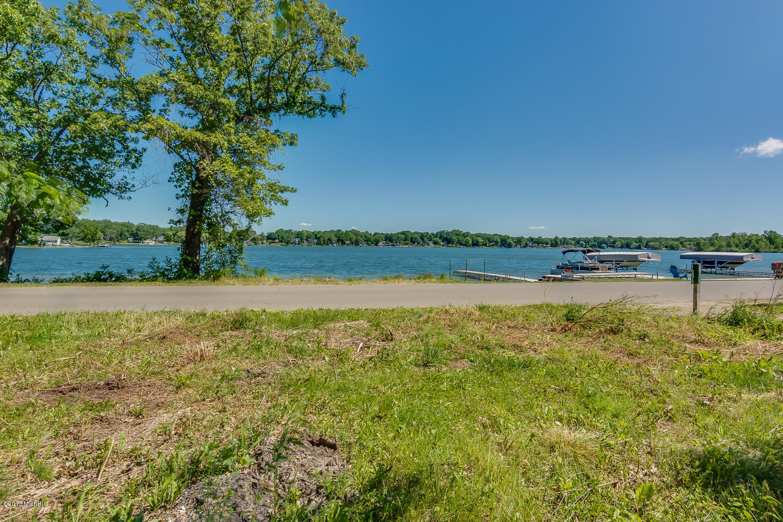 16875 Donnell Lake Vandalia, MI 49095 Photo 6