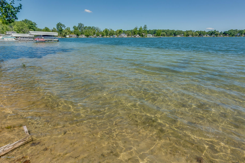 16875 Donnell Lake Vandalia, MI 49095 Photo 9