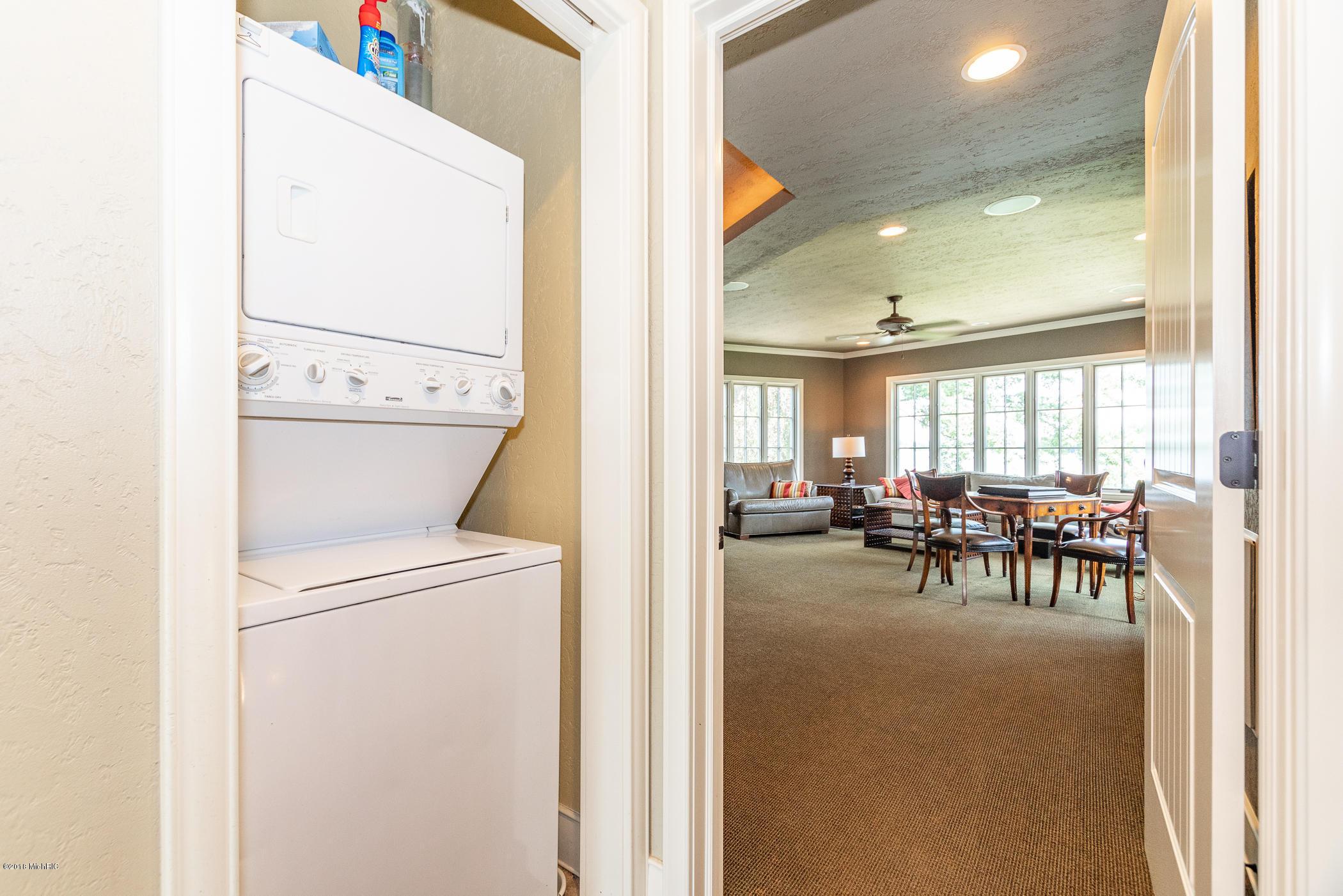 660 Country Club , Battle Creek, MI 49015 Photo 71