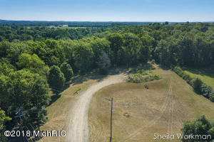 Property for sale at 1805 N Irving Road, Hastings,  MI 49058