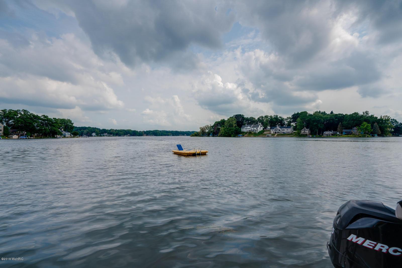 1234 N Eagle Lake , Kalamazoo, MI 49009 Photo 45