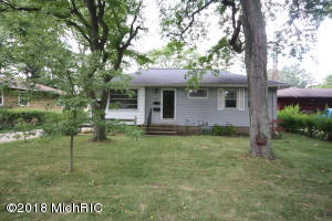 Property for sale at 165 Lacey Avenue, Battle Creek,  MI 49037
