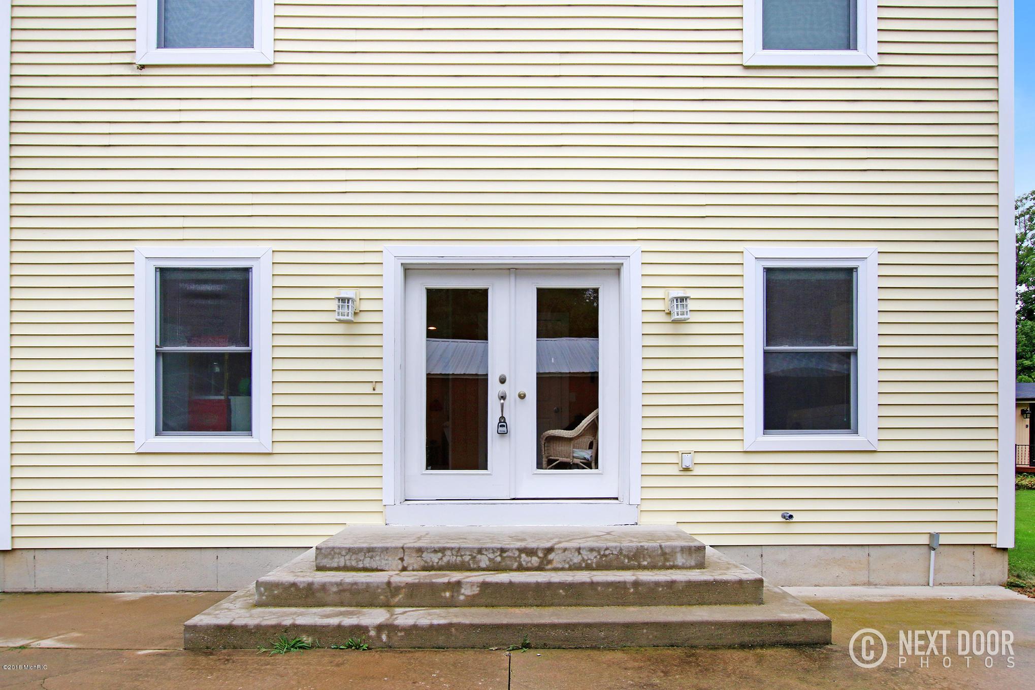 4058 S Shore , Delton, MI 49046 Photo 33