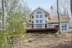 45532 Blue Star Coloma, MI 49038