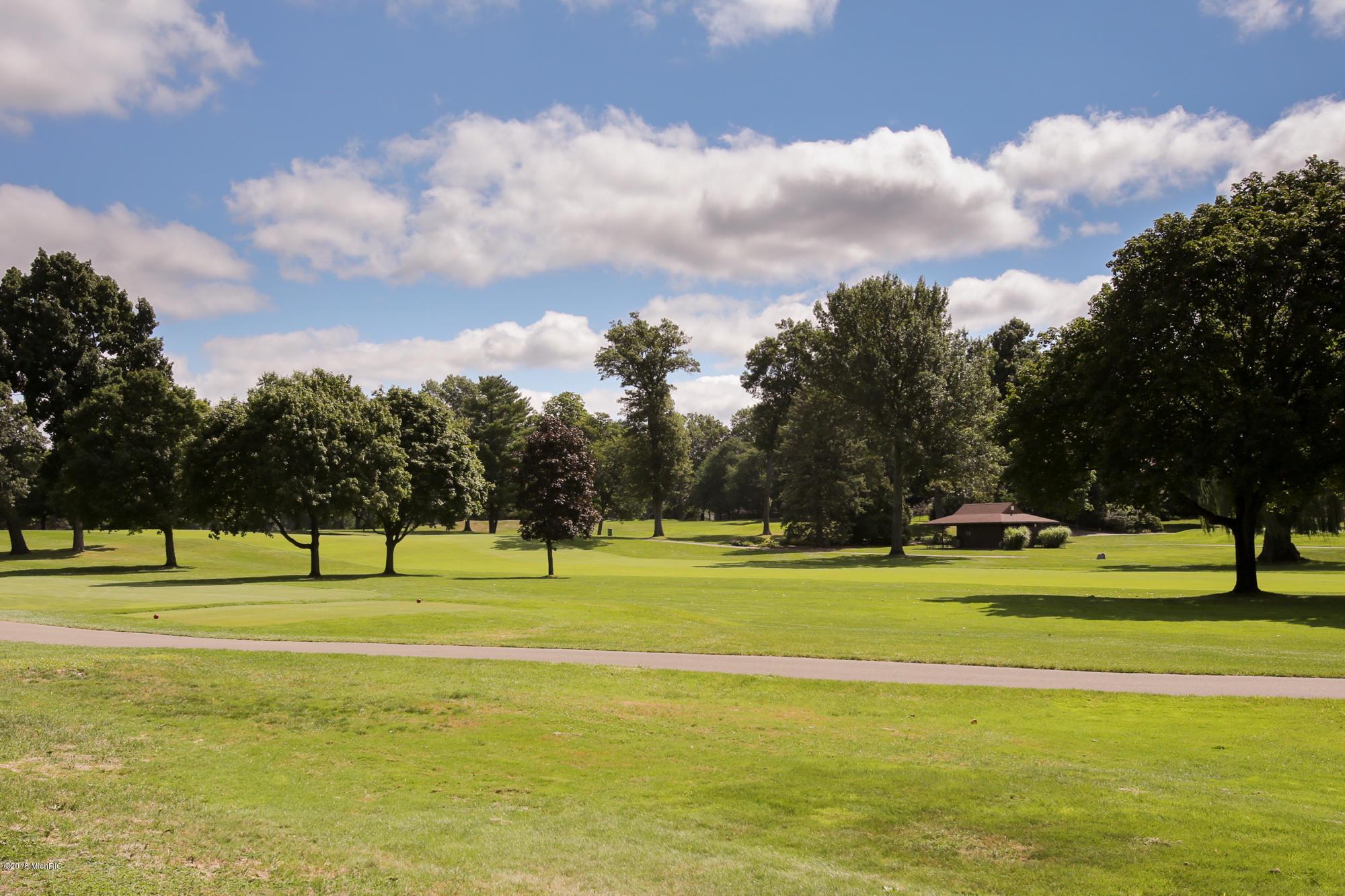 646 Country Club , Battle Creek, MI 49015 Photo 54