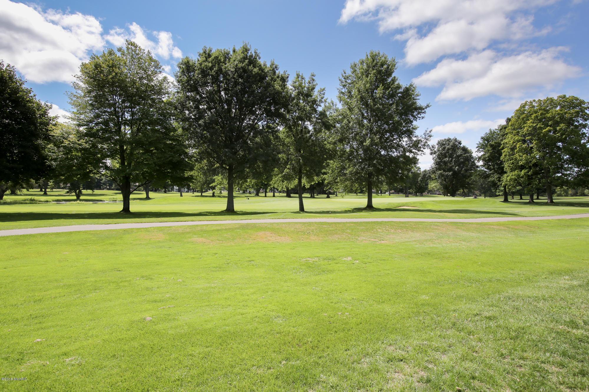 646 Country Club , Battle Creek, MI 49015 Photo 55