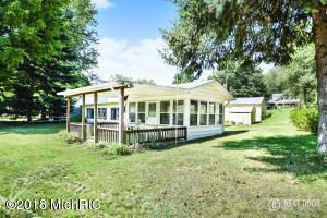 92893 Gravel Lake Lawton, MI 49065
