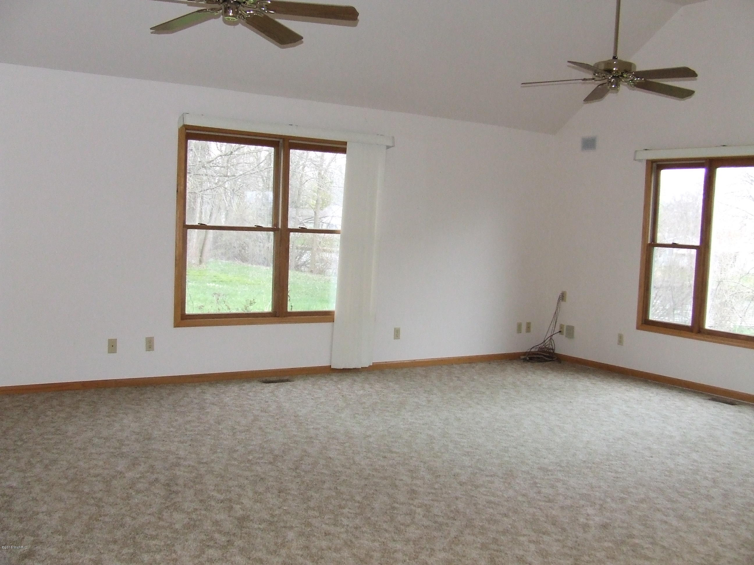 43460 Van Auken , Bangor, MI 49013 Photo 2