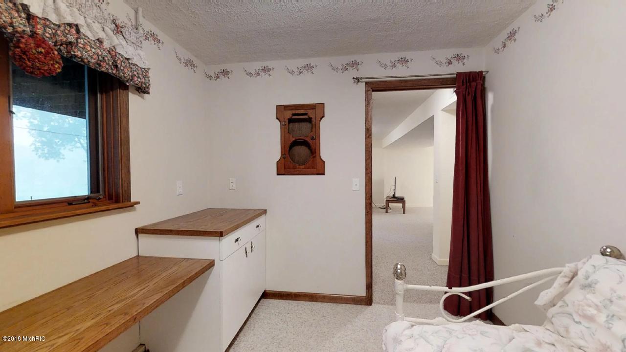 16414 Donnell Lake , Vandalia, MI 49095 Photo 43