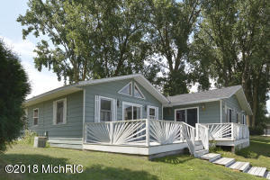 46944 Meadow Decatur, MI 49045