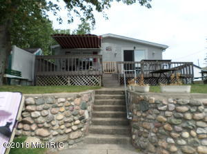 24861 Twin Shores Dowagiac, MI 49047
