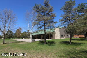Property for sale at 643 S Old Camp Trail, Crystal,  Michigan 48818