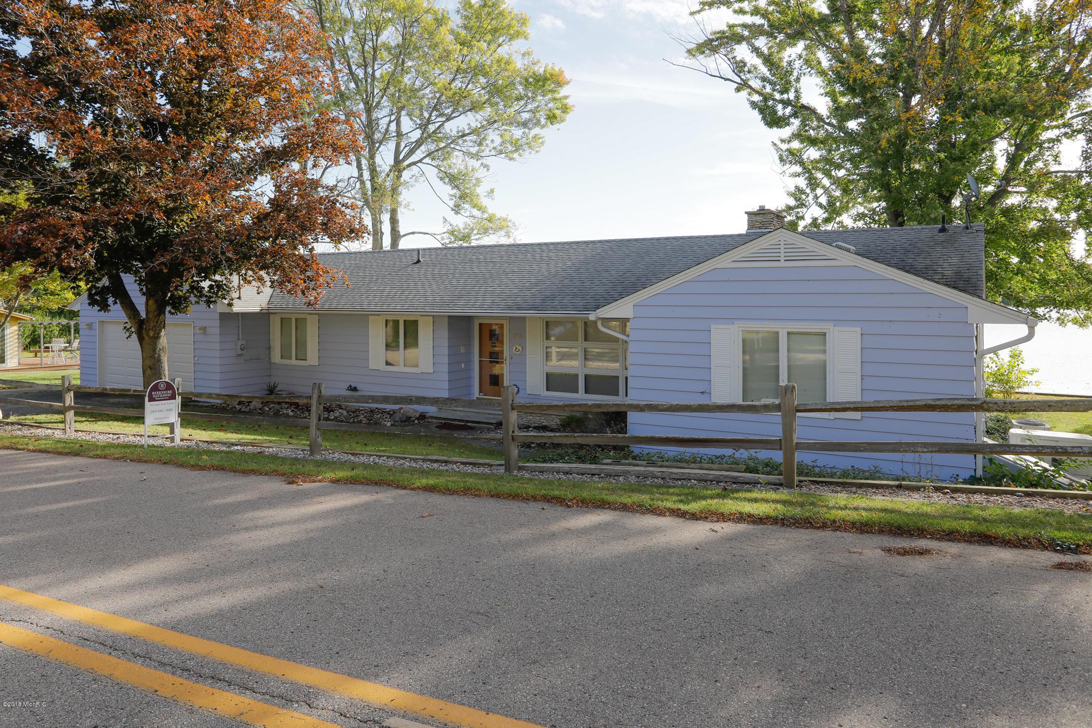 3964 Mary , Bloomingdale, MI 49026 Photo 2