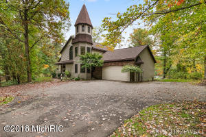 Property for sale at 2421 Valentine Boulevard, Grand Rapids,  MI 49525