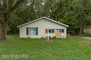 Property for sale at 908 Charles Street, Plainwell,  MI 49080
