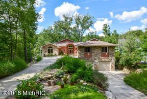 Property for sale at 2331 Cascade Springs Drive, Grand Rapids,  Michigan 49546