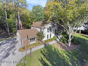 Property for sale at 18661 Pawnee Drive, Spring Lake,  MI 49456
