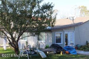 8612 STEVENSVILLE-BARODA ROAD, BARODA, MI 49101  Photo 4