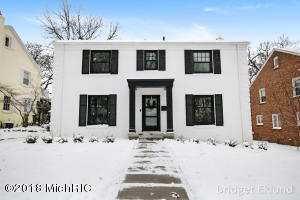 Property for sale at 820 Gladstone Drive, Grand Rapids,  MI 49506