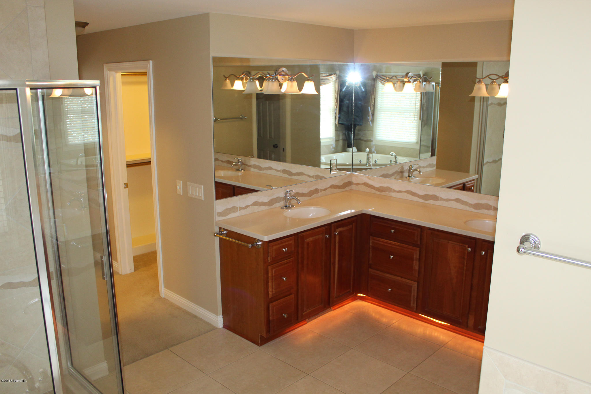 6320 Cullys Trail, Portage, Michigan 49024, 5 Bedrooms Bedrooms, ,6 BathroomsBathrooms,Residential,For Sale,Cullys,18056696