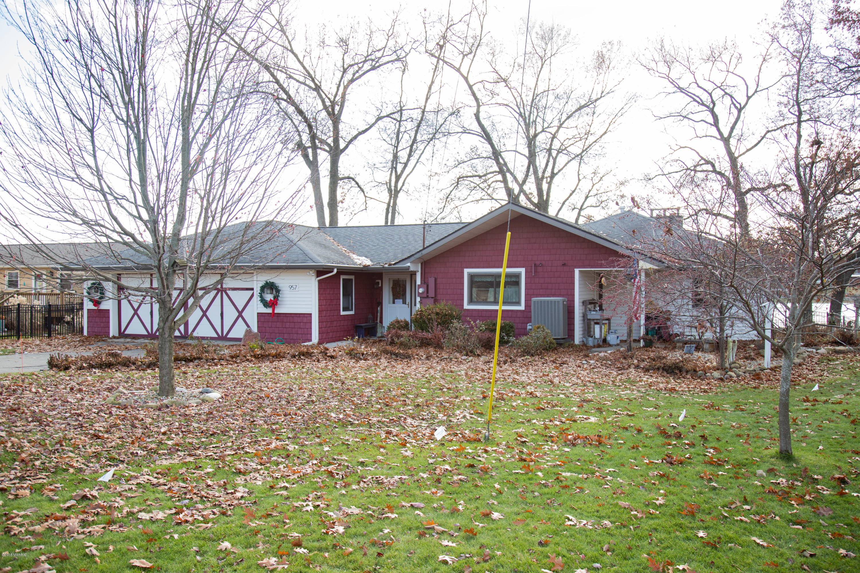957 Treasure Island , Mattawan, MI 49071 Photo 19