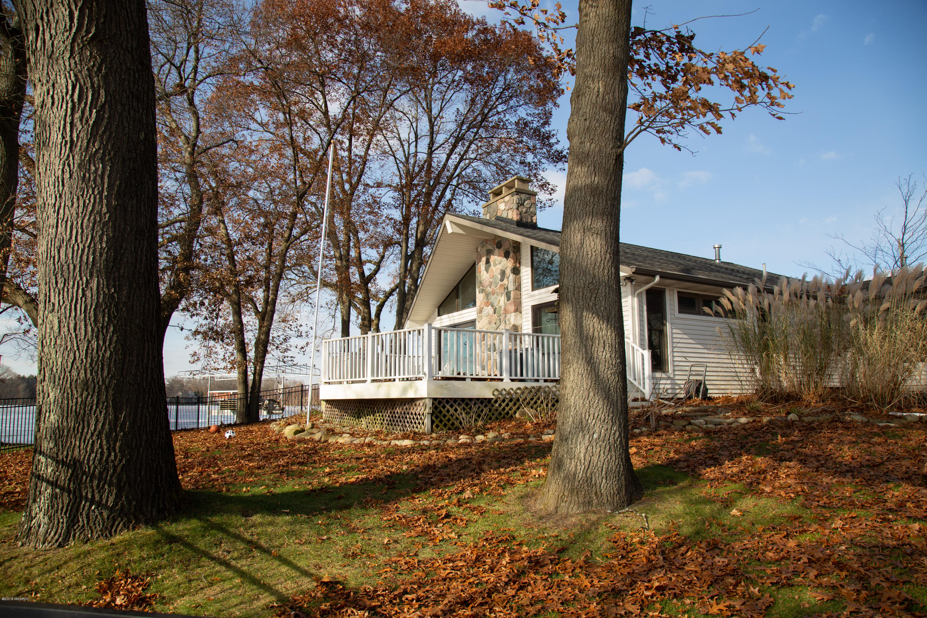 957 Treasure Island , Mattawan, MI 49071 Photo 20